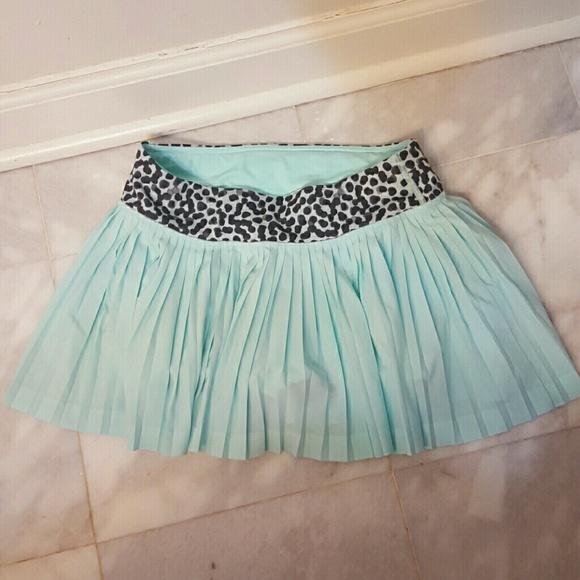 b90c28eadf lululemon athletica Shorts   Lululemon Pleated Skirt Sports Tennis 4 ...
